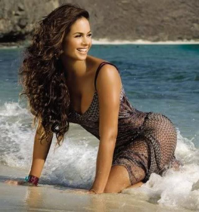 Lucero (entertainer) 49 best Lucero Hogaza images on Pinterest Beautiful Singer and Thalia