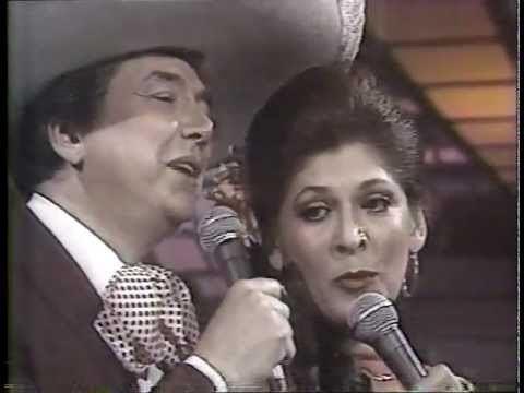 Lucha Moreno LUCHA MORENO Y JOSE JUAN 1981 quotPOPURRI ROMANTICOquot YouTube