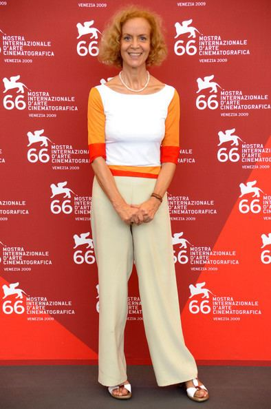Lucia Poli 66thInternationalVencieFilmFestivalLefDBgy2CpDbLljpg