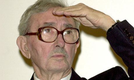 Luciano Emmer Luciano Emmer obituary Film The Guardian