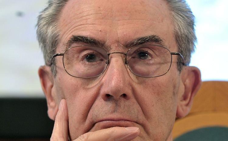 Luciano Gallino Intervista a Luciano Gallino