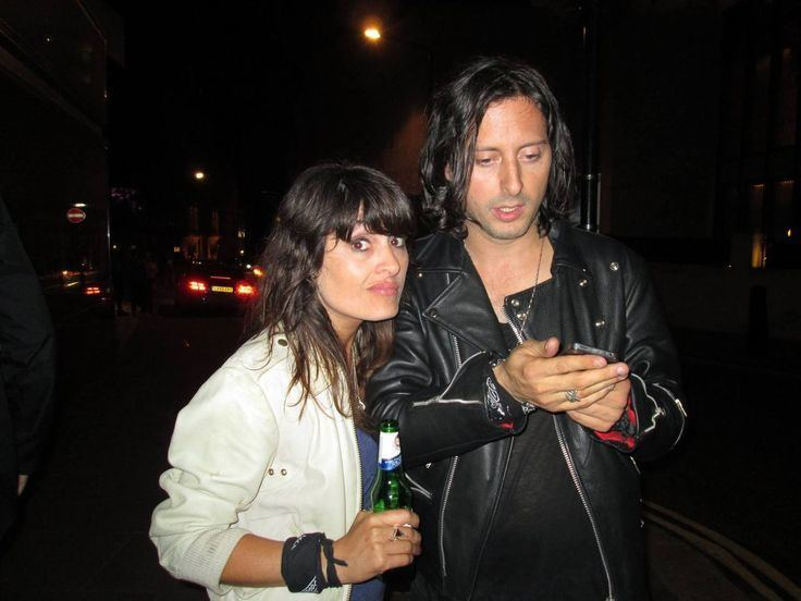 Lucie Barât Carl amp Lucie Bart Pete amp Carlos Pinterest Posts Pictures and
