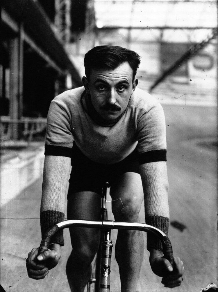Lucien Petit-Breton httpsuploadwikimediaorgwikipediacommons22