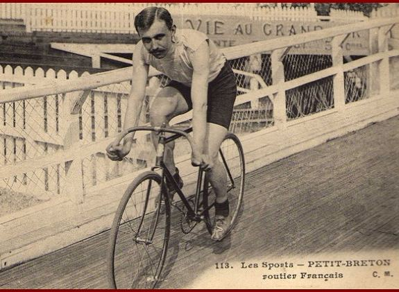 Lucien Petit-Breton Lucien PetitBreton photo gallery by BikeRaceInfo