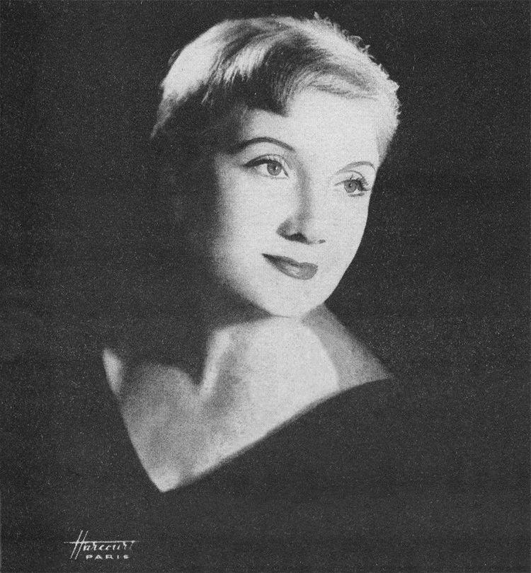 Lucienne Delyle Lucienne Delyle Biographie
