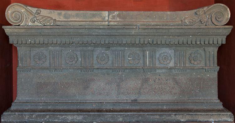 Lucius Cornelius Scipio Barbatus Sarcophagus of Lucius Cornelius Scipio Barbatus original Rome