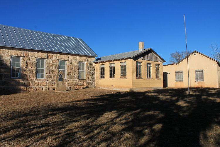 Luckenbach School (Gillespie County, Texas)