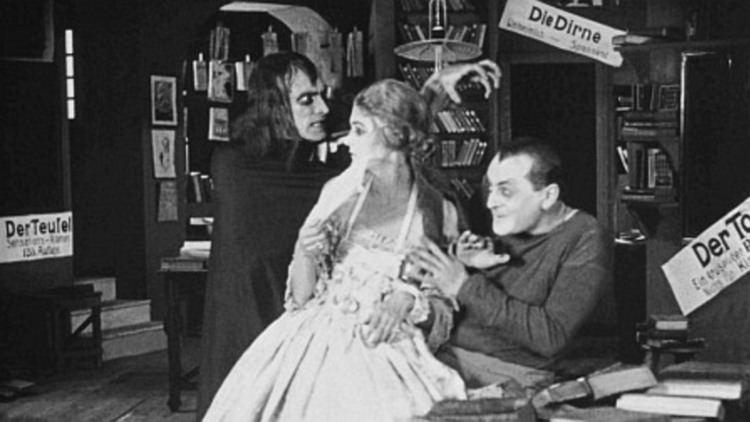 Lucrezia Borgia (1922 film) Lucrezia Borgia 1922 MUBI