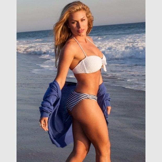 Ludmila Dayer EGO Ludmila Dayer posta foto em praia na Califrnia e