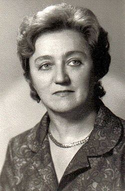Ludmila Frajt httpsuploadwikimediaorgwikipediasrthumbb