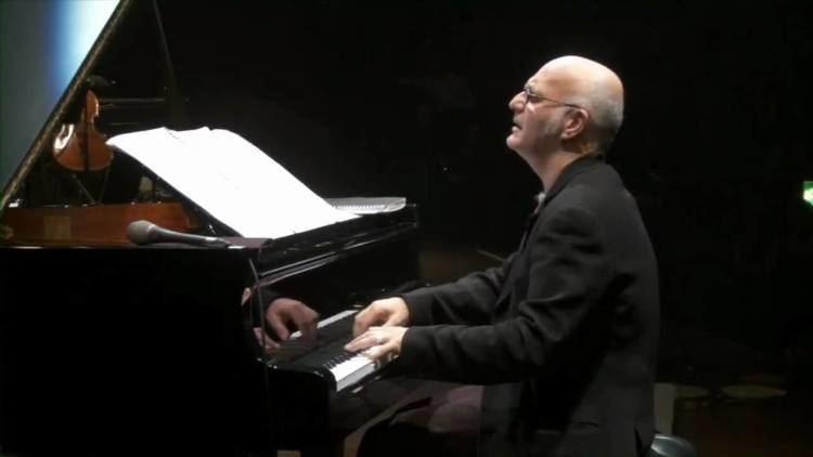 Ludovico Einaudi Ludovico Einaudi quotDivenirequot Live Royal Albert Hall
