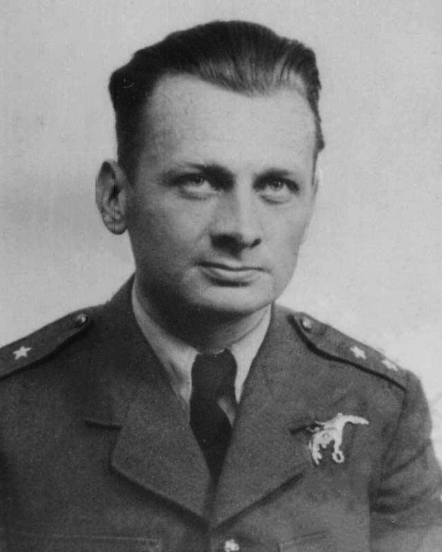 Ludwik Witold Paszkiewicz Asisbiz Hurricane Pilots FO Ludwik Witold Paszkiewicz VM KW DFC