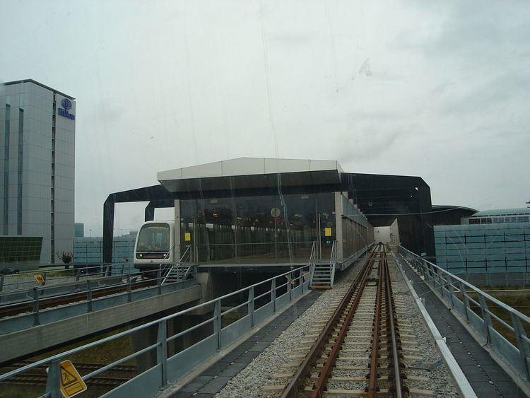 Lufthavnen Station