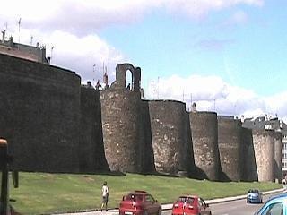 Lugo wwwgaliciaguidecompicslugowall4jpg