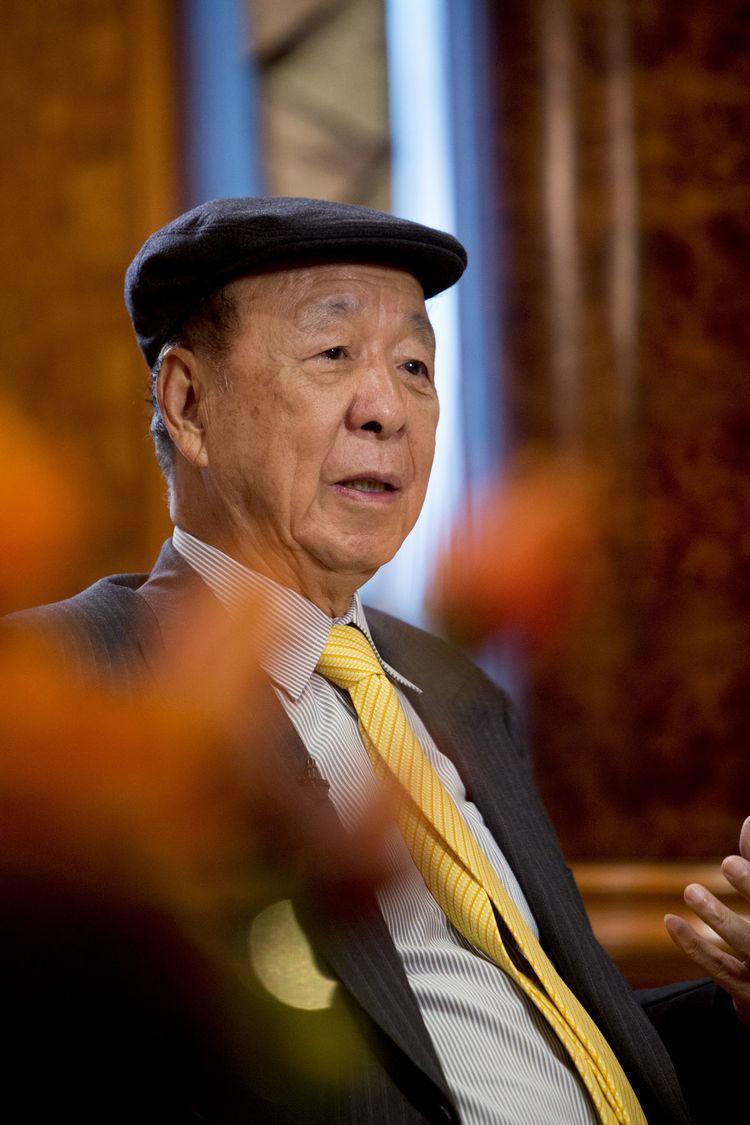 Lui Che-woo Asia39s SecondRichest Lui Plans to Expand Casino Empire