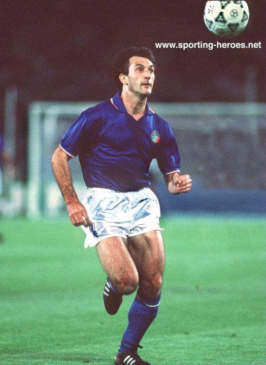 Luigi De Agostini Luigi De Agostini FIFA Campionato del Mondo 1990 Italia