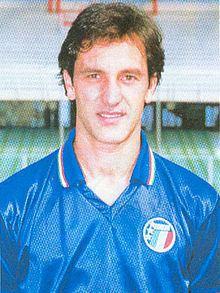 Luigi De Agostini httpsuploadwikimediaorgwikipediacommonsthu