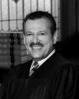 Luis A. Gonzalez (judge) httpswwwnycourtsgovcourtsad1centennialBio