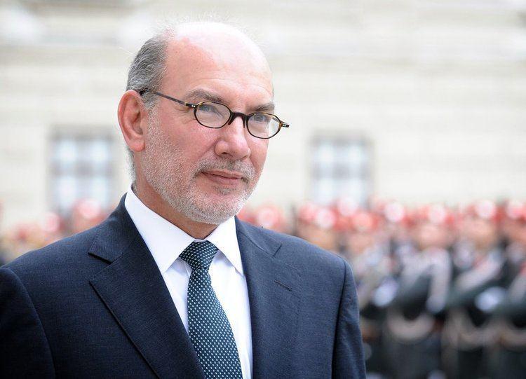 Luis Alfonso de Alba Luis Alfonso de ALBA Ambassador of Mexico Welcome to Vienna
