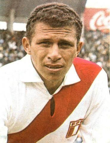 Luis Cruzado Luis Cruzado Seleccion Peruana de Soccer Pinterest Football