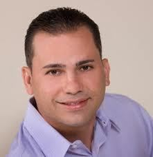 Luis Daniel Muñiz lacallerevistacomwpcontentuploads201203Luis