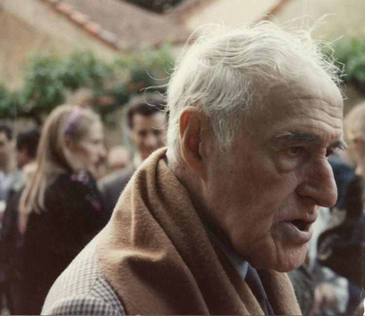 Luis Escobar Kirkpatrick El amor perdido de Jean Cocteau y Luis Escobar En la foto interior