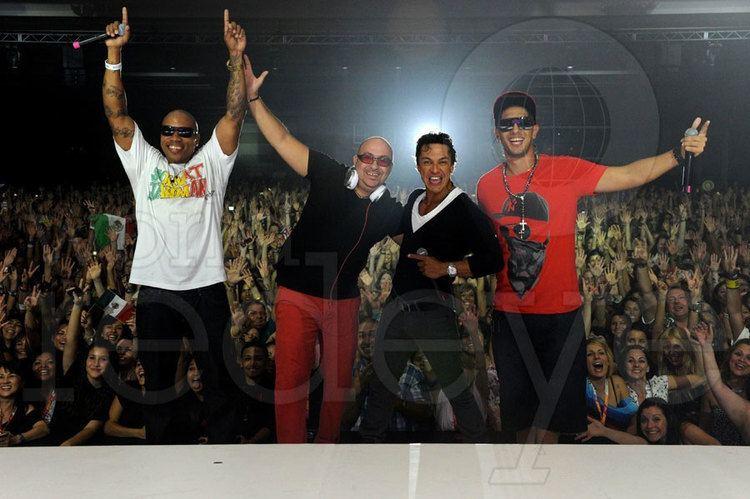 Luis Guisao 2012 Zumba Convention Daddy Yankee World Red Eye