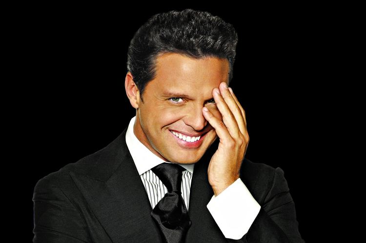 Luis Miguel Don39t Miss Luis Miguel in Concert Hot Seats Online