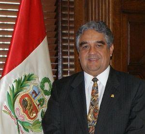Luis Valdivieso Montano httpsuploadwikimediaorgwikipediacommons44