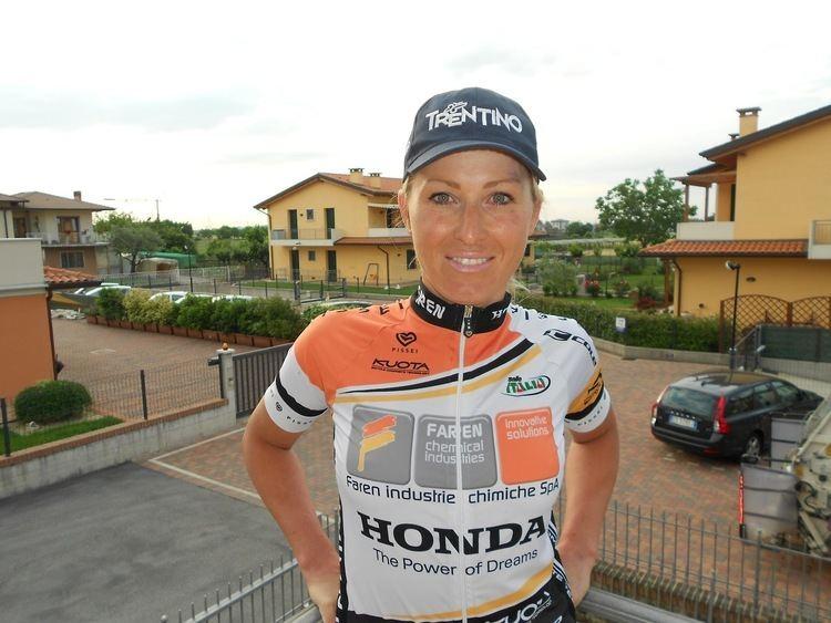 Luisa Tamanini CICLISMO IN ROSA Luisa Tamanini prova la prima tappa del Giro del