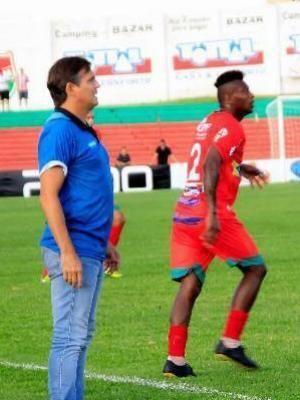Luiz Carlos Winck Hoje treinador exlateraldireito Luis Carlos Winck relembra ttulo
