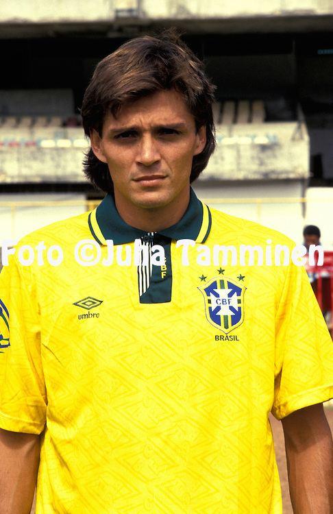 Luiz Carlos Winck 25021992Luiz Carlos Winck BrazilFull name Luiz Carlos Coelho