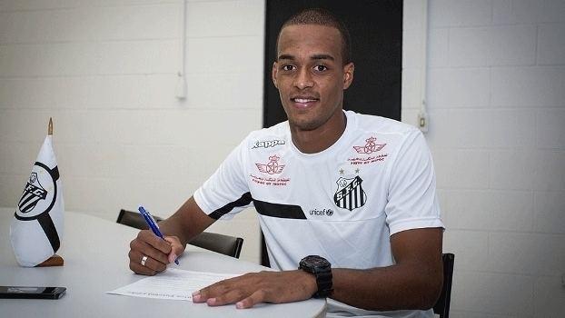Luiz Felipe do Nascimento dos Santos Desejo de Dorival zagueiro Luiz Felipe assina com o Santos por 4