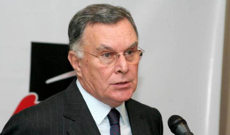 Luiz Felipe Lampreia Luiz Felipe Lampreia socilogo e diplomata foi ministro das
