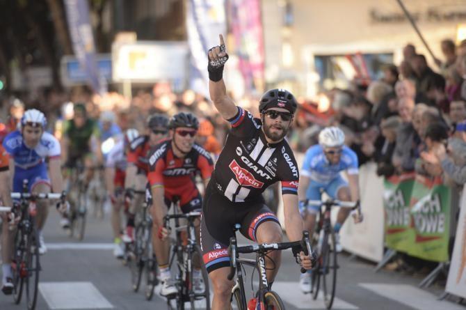 Luka Mezgec Mezgec signs for OricaGreenEdge Cyclingnewscom