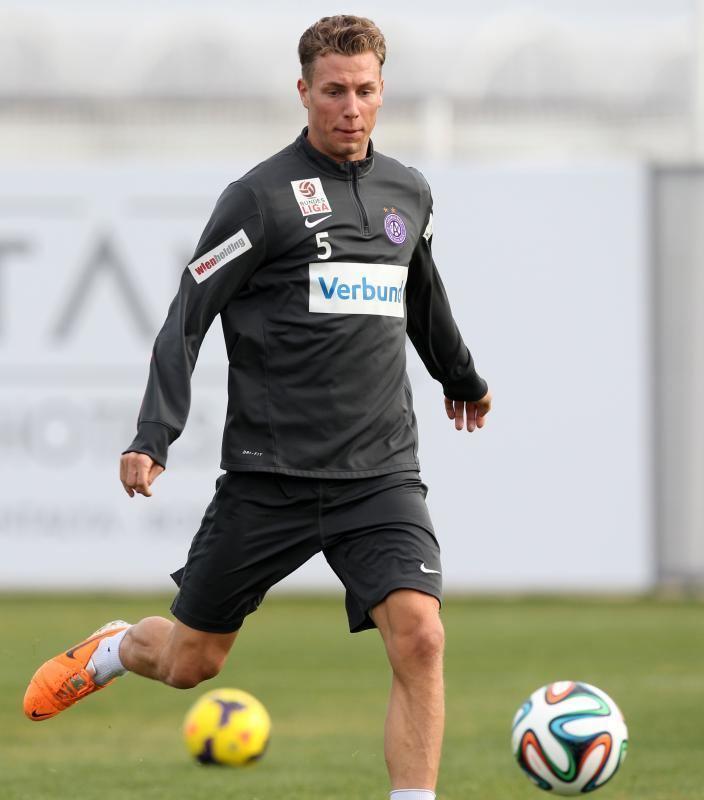 Lukas Rotpuller Lukas Rotpuller kehrt zu Austria Wien zurck