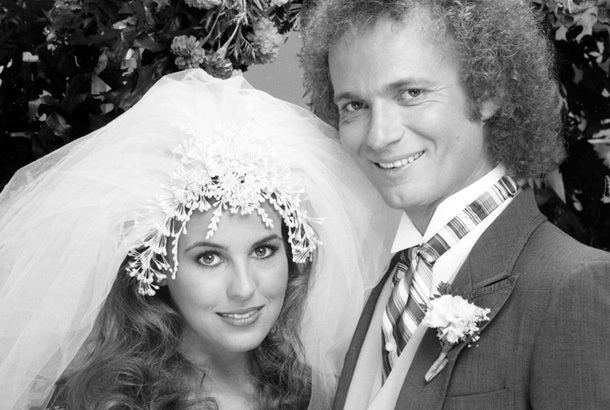 Luke and Laura HOT GALLERY General Hospital39s Luke and Laura Celebrate Their 30th
