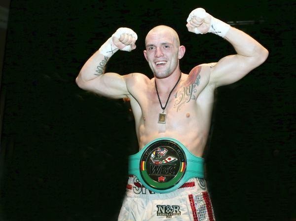 Luke Blackledge Blackburn boxer Blackledge wins Commonwealth title From