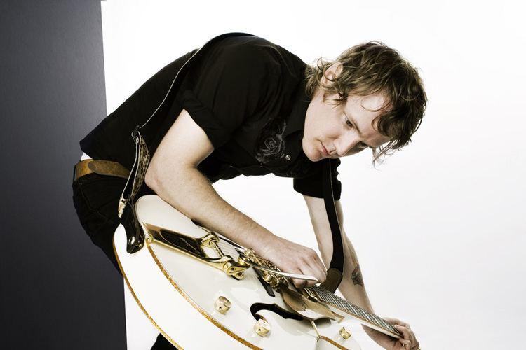 Luke Doucet Interview with NMC Artist in Residence Luke Doucet National Music