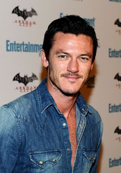 Luke Evans (actor) Luke Evans Pictures Entertainment Weekly39s 5th Annual