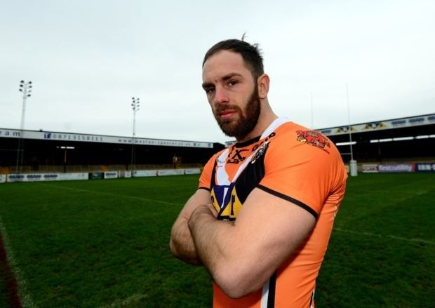 Luke Gale New boy Luke Cas fans like having extra player on pitch