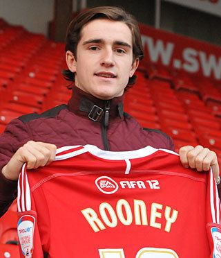 Luke Rooney (footballer) wwwtablesleaguecomplayers144731lukerooney1jpg