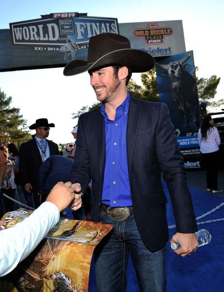 Luke Snyder (bull rider) Luke Snyder Pictures Professional Bull Riders 21st World