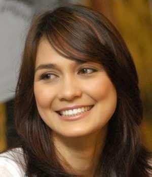 Luna Maya Profil dan Biografi Luna Maya Aktris Indonesia ProfilPediacom
