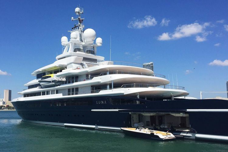 Luna (yacht) Yacht Watch The 545M Luna is Docked in Miami Curbed Miami