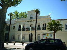 Lunel httpsuploadwikimediaorgwikipediacommonsthu