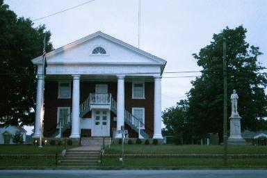 Lunenburg Courthouse Historic District