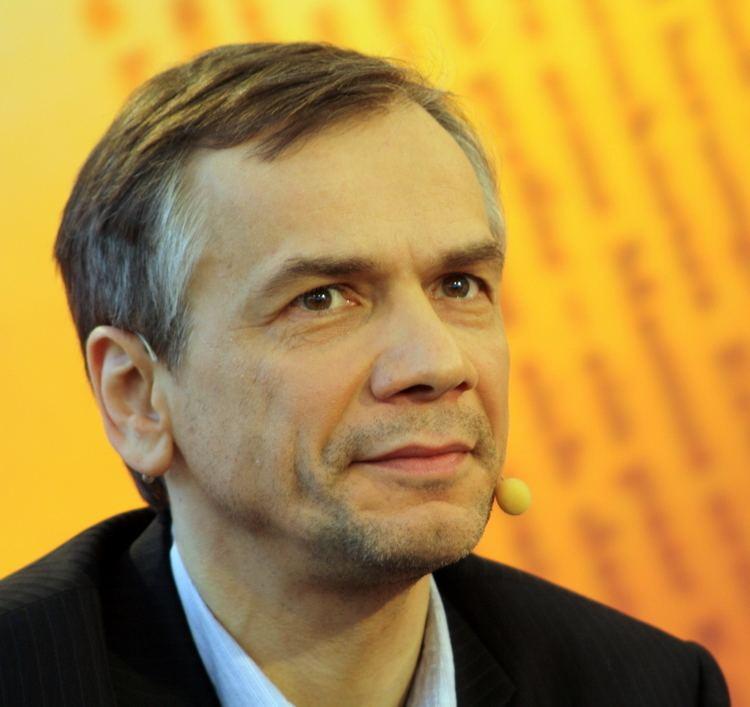 Lutz Seiler uploadwikimediaorgwikipediacommons00dLutzS