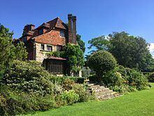 Luxford House httpsuploadwikimediaorgwikipediacommonsthu