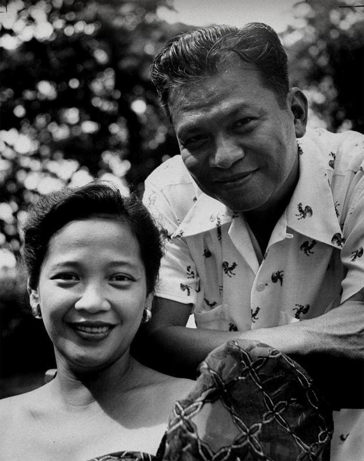Luz Magsaysay President Ramon Magsaysay with the First Lady Luz Banzon Flickr